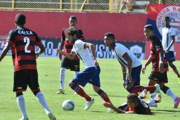 Foto  Max Haack   Ag. Haack   Bahia Notícias. O Vitória saiu frente ... d5d3633eda3b3